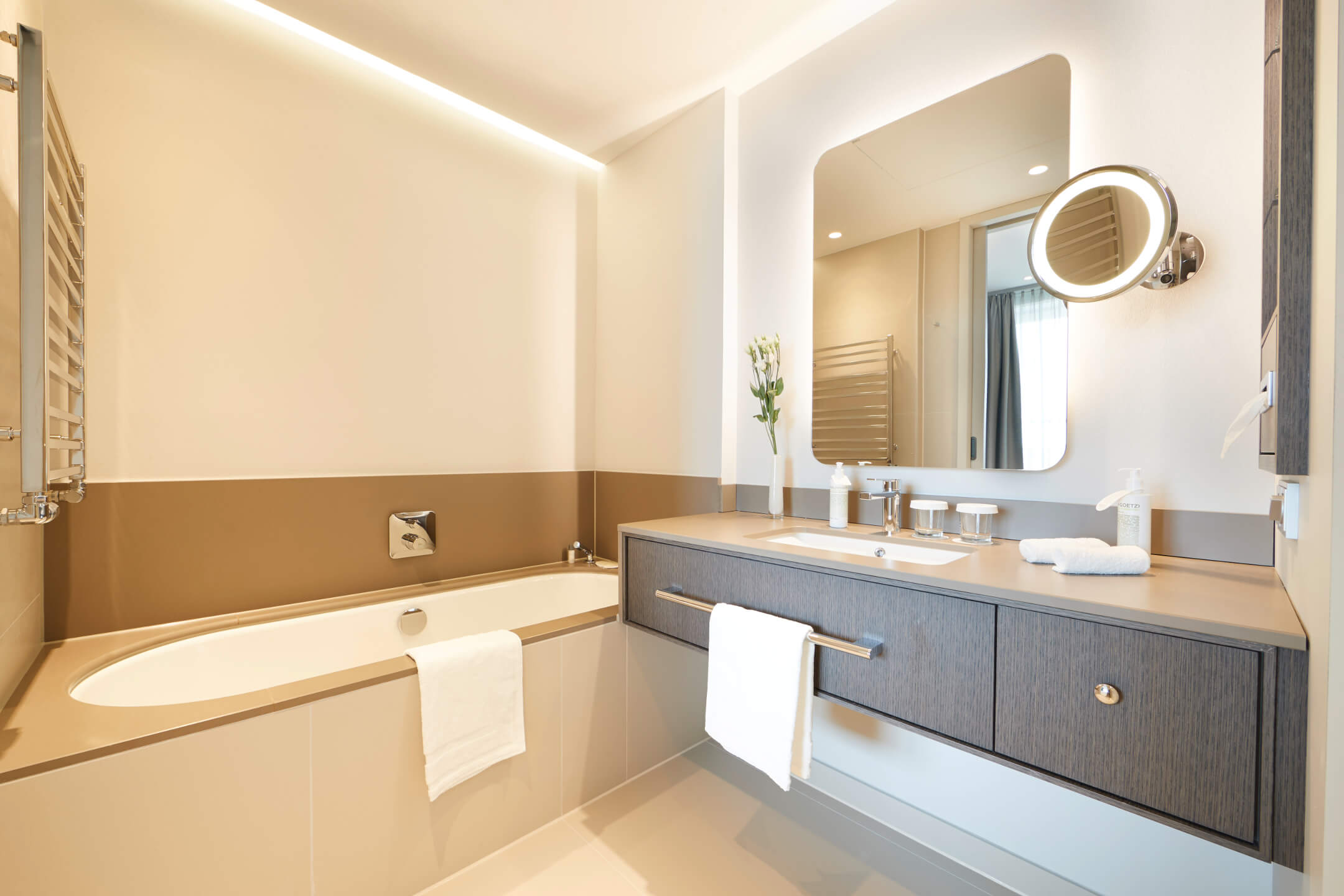 Bathroom Executive Suite in the ATLANTIC Grand Hotel Bremen