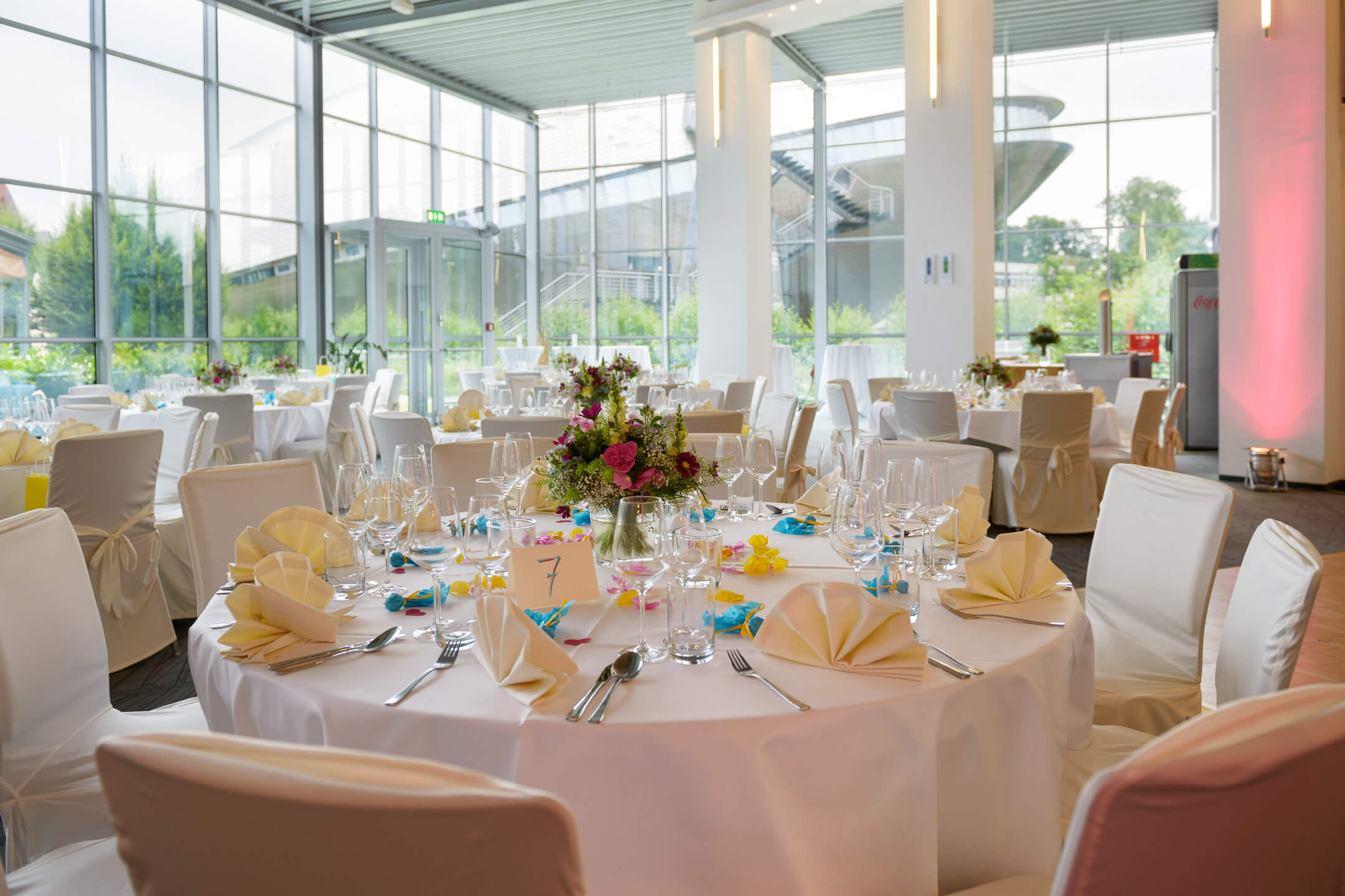 Celebrate weddings at ATLANTIC Hotel Universum Bremen