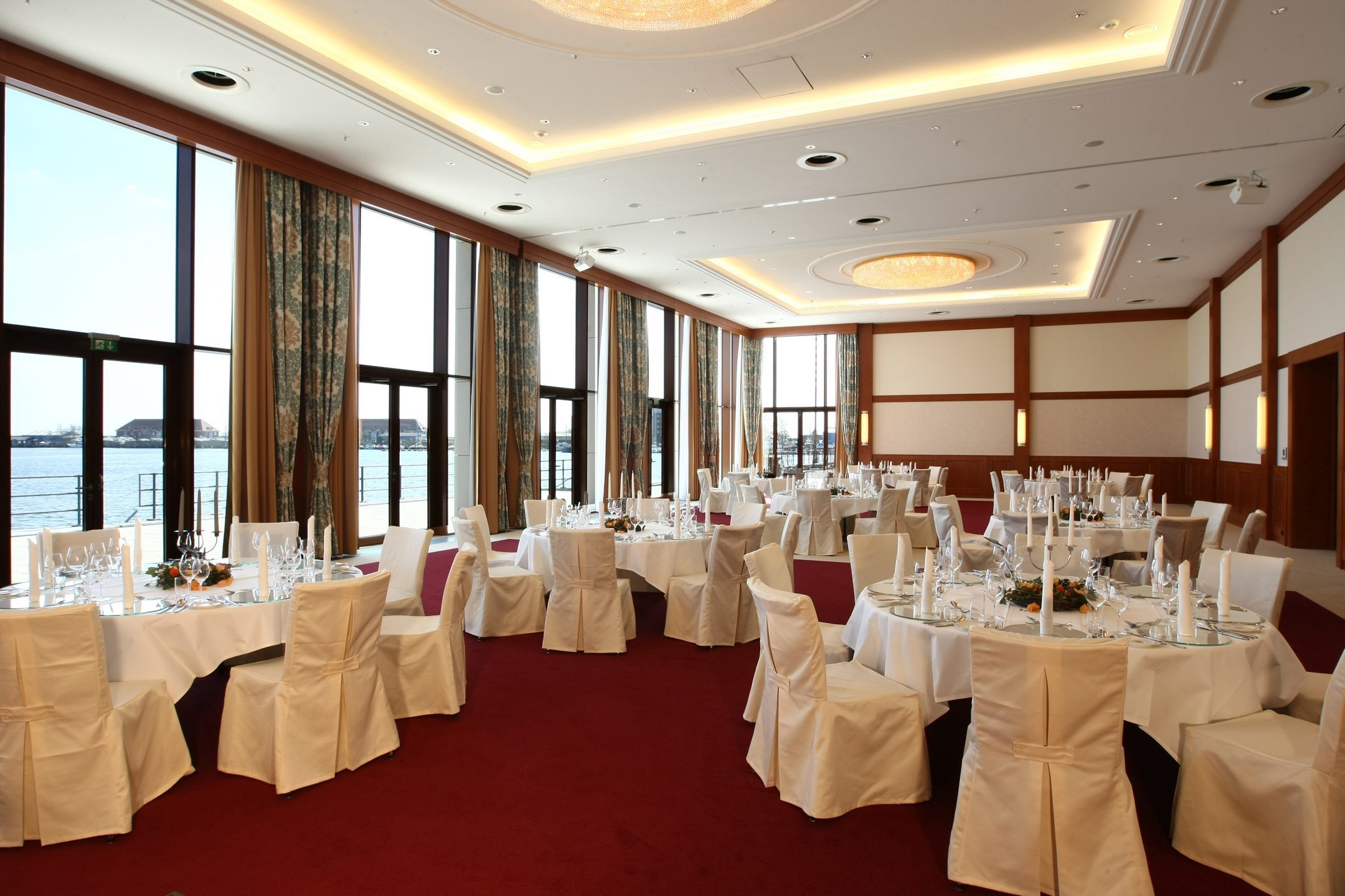 Decorated room for an event in the ATLANTIC Hotel Wilhelmshaven