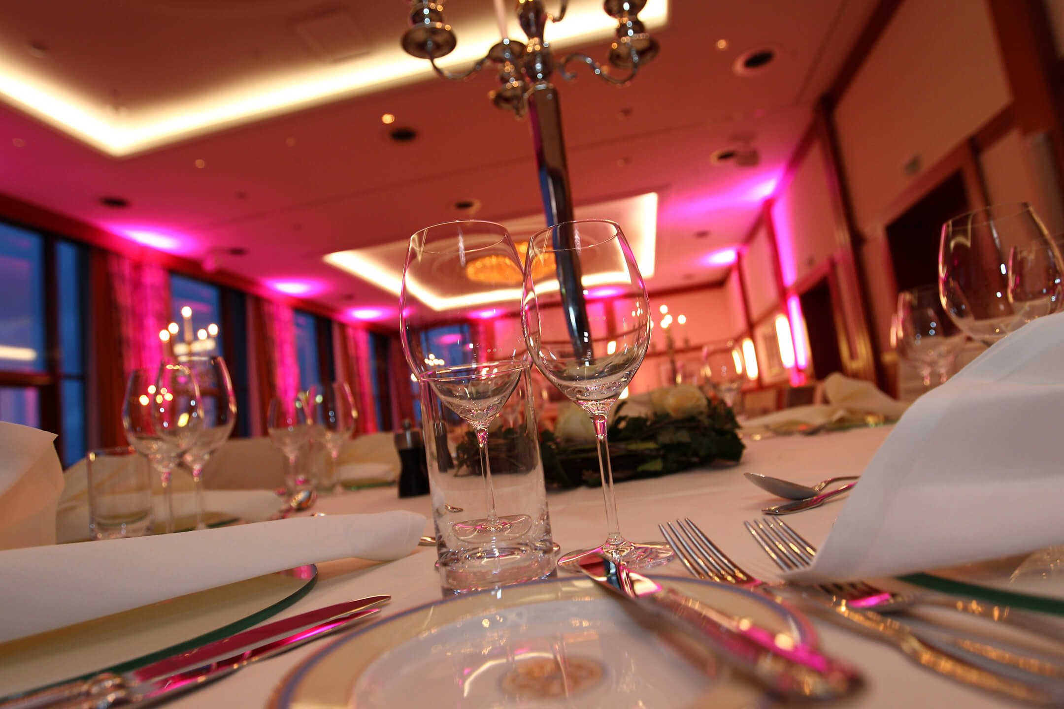 Celebration in the banquet hall │ ATLANTIC Hotel Wilhelmshaven