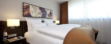 Double bed in the Studio of the ATLANTIC Grand Hotel in Bremen
